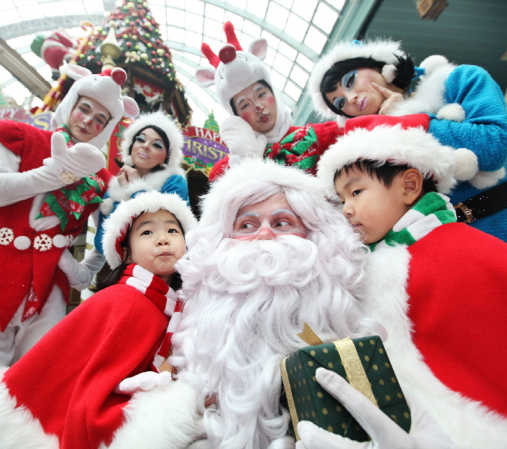 Lotte World - Make A Miracle Winter FestivLotte World - Make A Miracle Winter Festivalal